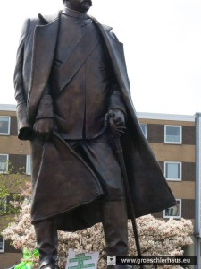 Das Bisputin-Denkmal von Wilhelmshaven Wann ist die nächste Enthüllung?