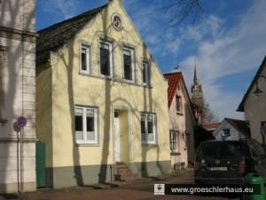 Mönchwarf 7: Das dem Schneidermeister Moses Schwabe gehörende Haus wurde im August 1942 enteignet und an einen Verwaltungsangestellten verkauft. (Foto von 2015)