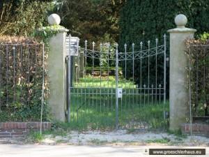 Das Eingangstor des Jüdischen Friedhofs von Jever (Foto Dieter Peters, 2007)
