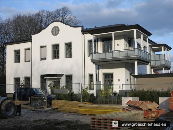 Von Oktober 1944 bis Kriegsende residierte die Gestapo in der Neuende Schule, die 2014 zu einer Wohnanlage umgestaltet wurde. (Foto H. Peters, 2015)