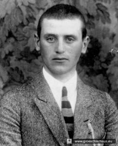"""Der Viehhändler Conrad de Taube wurde 1902 in Neustadtgödens geboren; er lebte hier, in Jever und in Oldenburg. Am 27. 9.1940 wurde er in der Tötungsanstalt Brandenburg/Havel im Rahmen der sog. """"T4-Aktion"""" durch Giftgas ermordet."""
