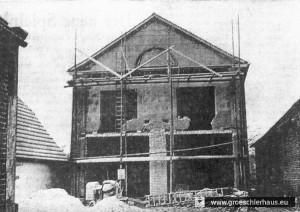 Der Umbau der ehemaligen Synagoge zu einem Feuerwehrhaus 1962 (Anzeiger für Harlingerland, Anfang 1962)