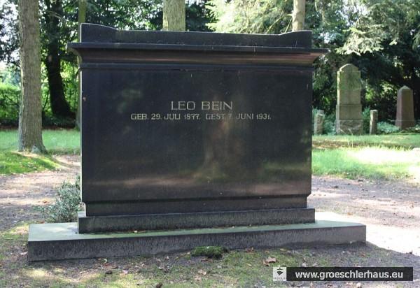 Grabstein des Vorsitzenden der jüdischen Gemeinde Wilhelmshaven-Rüstringen Leo Bein (1877 – 1931) (Foto M. Schmid, 2011)