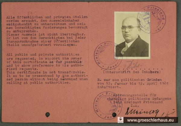 Innenseiten Sonder-Ausweis für politisch Verfolgte von Otto Rühl, ausgestellt vom Kreisamt Friesland, 1946. NLA OL, REP 405 Akz. 2011/013, Nr. 2306.